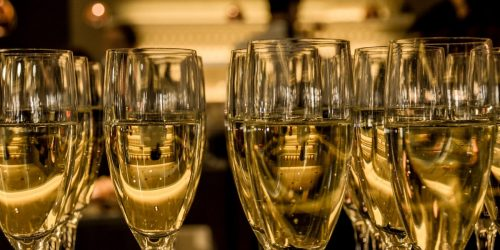 new year's eve ceremony prosecco sparkling ine