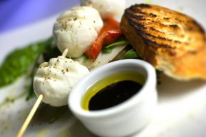 buffalo mozzarella bites, olive oil and balsamic vinegar dip and toasted bread