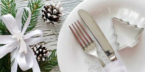 christmas table set white
